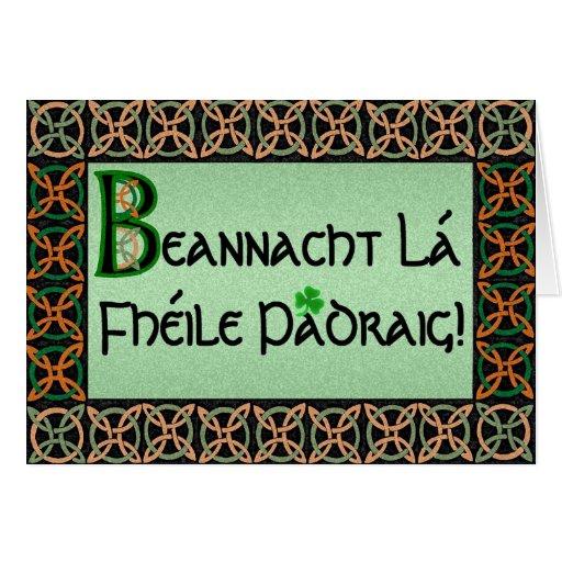 Tarjeta del día de St Patrick gaélico irlandés ada