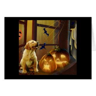 Tarjeta del perrito de Halloween del labrador