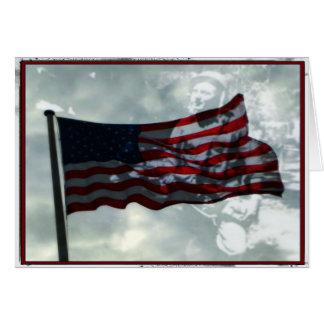 Tarjeta Día de veteranos, bandera americana y veterano de