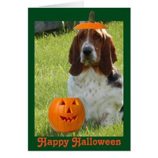 Tarjeta divertida w/Cute Basset Hound de Halloween