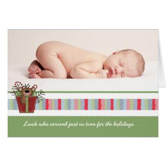 Tarjeta doblada oso de la foto del bebé del día de