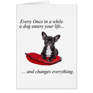 Tarjeta Dogo francés con el corazón y la cita agradable