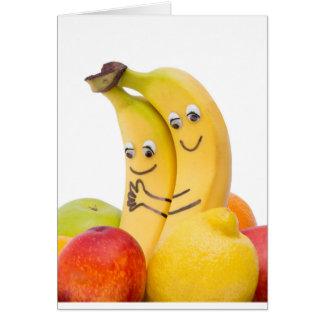Tarjeta Dos plátanos cariñosos con los ojos y la boca