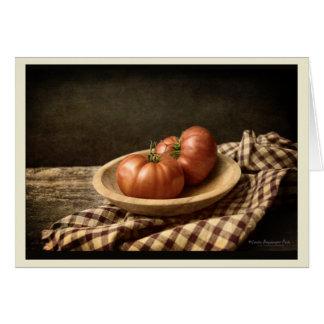 Tarjeta Dos tomates rojos en un cuenco