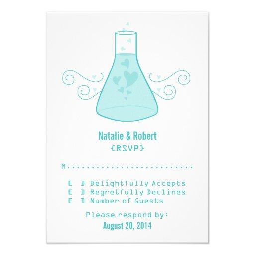 Tarjeta dulce de la respuesta de la química de la  invitación