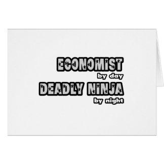 Tarjeta Economista por el día… muerto Ninja por noche