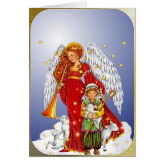 Tarjeta El ángel del navidad y el pequeño muchacho del