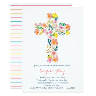Tarjeta el bautismo floral invita, rosa que la cruz