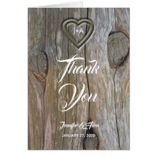 Tarjeta El boda de madera tallado del corazón le agradece