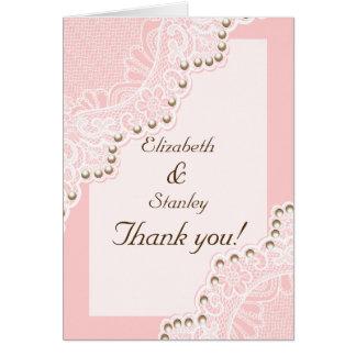 Tarjeta El cordón blanco con el boda rosado de las perlas
