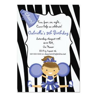 Tarjeta El cumpleaños azul rayado cebra de la animadora
