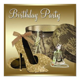 Tarjeta El cumpleaños de la mujer del oro del negro de