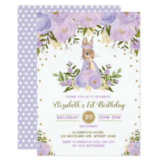 Tarjeta El cumpleaños floral del conejito del oro púrpura