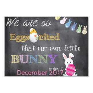 Tarjeta El embarazo de Eggscited Pascua revela la