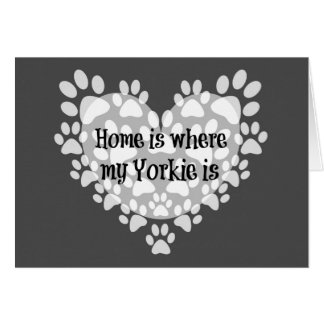 Tarjeta El hogar es donde está cita mi Yorkie