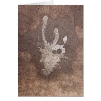 Tarjeta Él se expuso a través de la pintura derramada