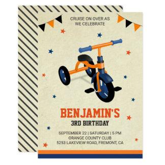 Tarjeta El triciclo anaranjado lindo embroma a la fiesta