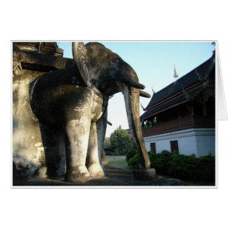 Tarjeta Elefante de piedra