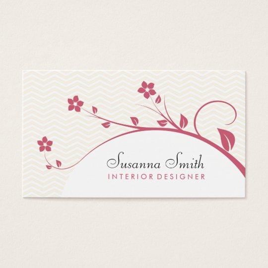 Tarjeta elegante con flores rojas y chevrón