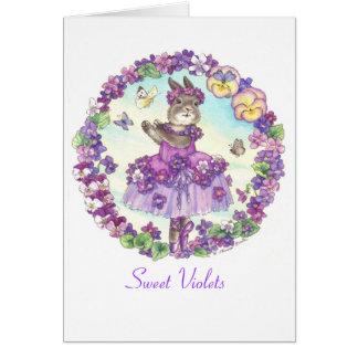 Tarjeta en blanco de las violetas dulces