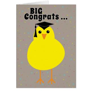 Tarjeta Enhorabuena de la graduación a un polluelo
