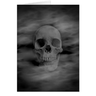 Tarjeta Espacio en blanco fantasmal del cráneo del horror