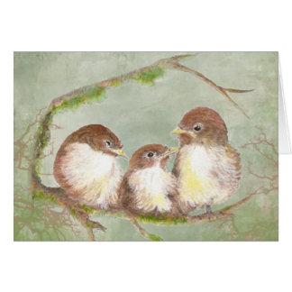 Tarjeta Familia de pájaro de abrazo del gorrión de la
