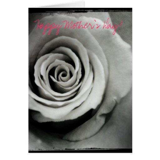 Tarjeta feliz color de rosa blanco y negro del día