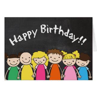 Tarjeta Feliz cumpleaños adaptable con los niños de la