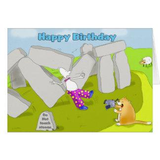 Tarjeta Feliz cumpleaños del stonehenge divertido