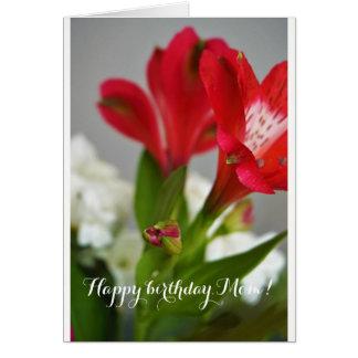 Tarjeta ¡Feliz cumpleaños, mamá! Flores rojas