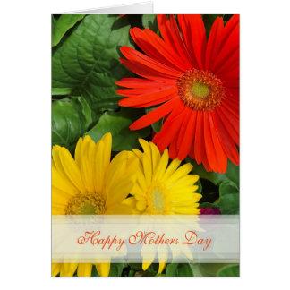 Tarjeta feliz del día de madres de la margarita