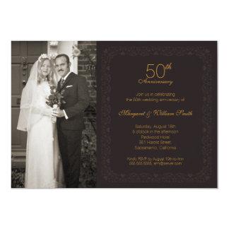 Tarjeta Fiesta de aniversario de oro del boda de la foto