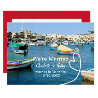 Tarjeta Fiesta de recepción nupcial del poste casado en