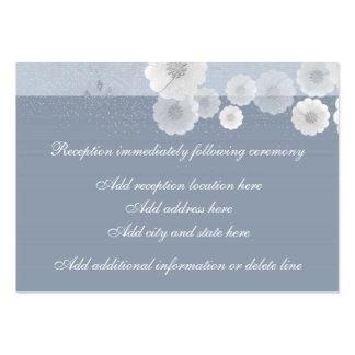 Tarjeta floral azul y blanca de la recepción tarjetas de visita grandes
