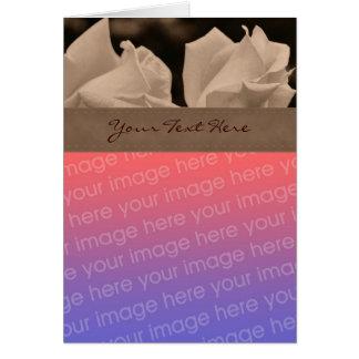 Tarjeta floral de la foto de los capullos de rosa