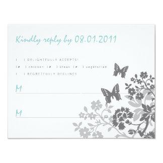 Tarjeta floral de la respuesta de las mariposas invitación 10,8 x 13,9 cm