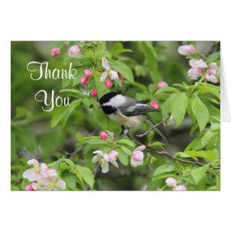 Tarjeta Flores del Chickadee y de la primavera