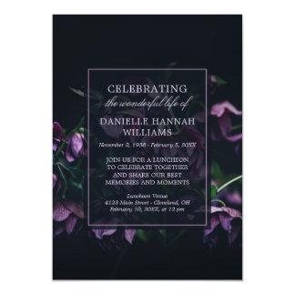 Tarjeta Flores púrpuras - celebración del monumento de la
