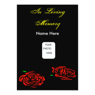 Tarjeta fúnebre de la invitación del rosa rojo
