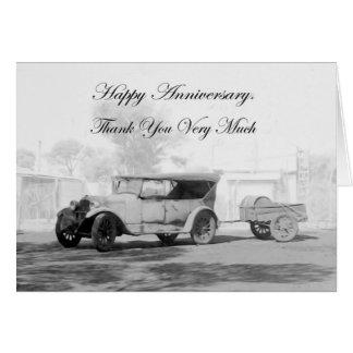 Tarjeta Gracias, aniversario feliz, coche del vintage