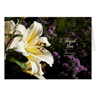 Tarjeta Gracias por su condolencia, con el lirio blanco