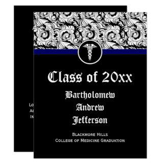Tarjeta Graduación blanco y negro de la Facultad de