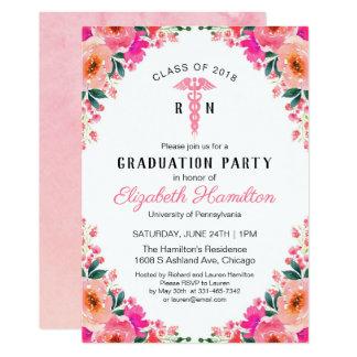 Tarjeta Graduación médica floral rosada de la escuela de