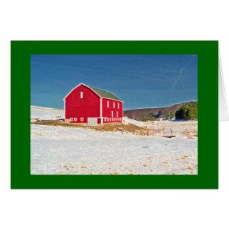 Tarjeta Granero rojo en nieve