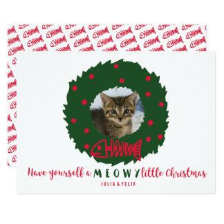 Tarjeta Guirnalda divertida del navidad del gato con su