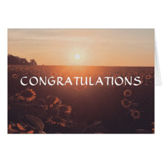 Tarjeta hermosa de la enhorabuena del girasol