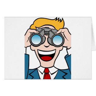 Tarjeta Hombre que usa los prismáticos