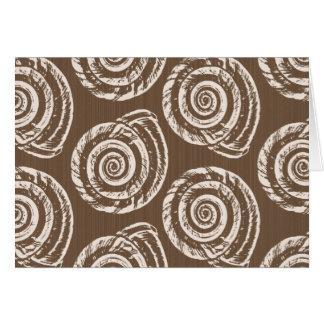 Tarjeta Impresión de bloque espiral del Seashell, moreno