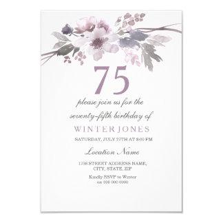 Tarjeta La 75.a fiesta de cumpleaños floral púrpura bonita